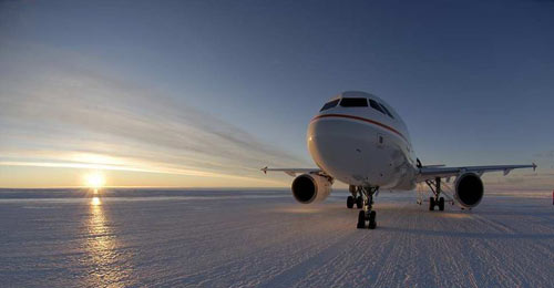 Airbus A320 on  ice