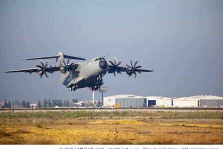 Airbus A400M cumpre todo o envelope planejado já no 2º voo.