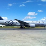 Boeing 777 da Korean Air nas cores da Skyteam em GRU