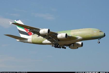 """Pergunta da semana: O que é aquele """"treco"""" pendurado na cauda do 787?"""