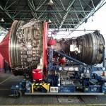 Você já viu um motor de avião pelado? Vale brinde :)
