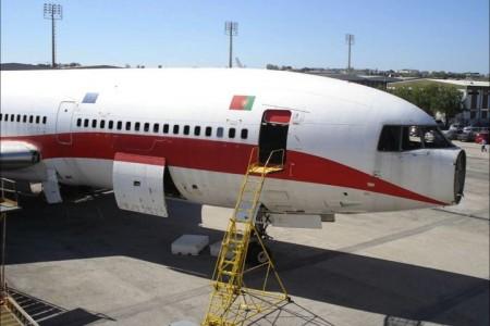 Imagens fortes de uma aeronave sendo destruída, Lockheed Tristar #fotos