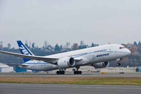 Boeing 787, volta ao mundo em 42 horas e dois recordes quebrados