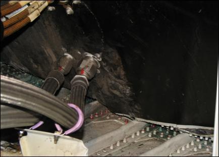 Exemplo de dano à estutura de reforço de pressão traseira