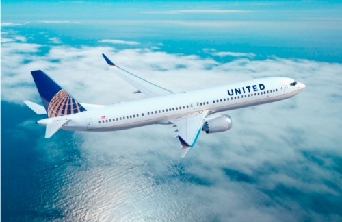 Boeing 737 MAX nas cores da United