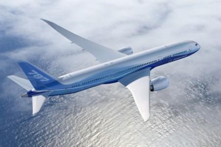 Boeing 787-9 avança na linha de montagem e deve voar em 2013