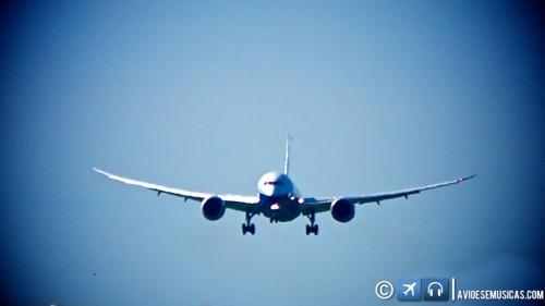 Boeing 787 na final © Lito