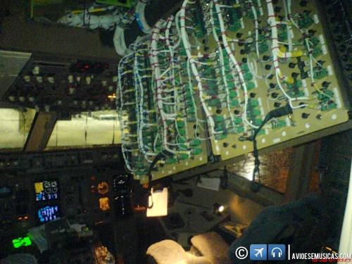 Boeing 767 Overhead Panel
