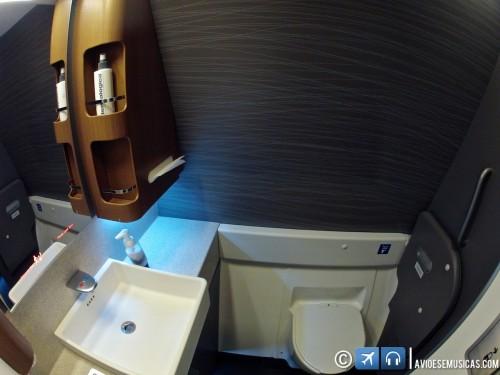 Pia do banheiro da primeira classe