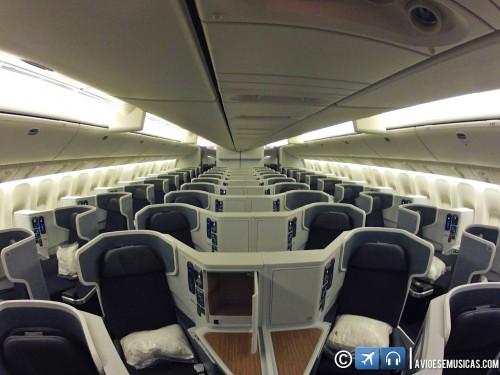 Vista dos assentos da classe executiva