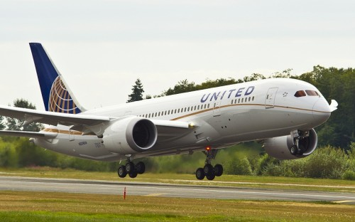 Primeiro pouso do Boeing 787 da United em Houston