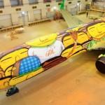 """A pintura da seleção: o """"grafitti"""", o avião e o conservadorismo."""