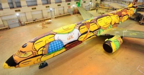 Avião da GOL que transportará a Seleção Brasileira de Futebol