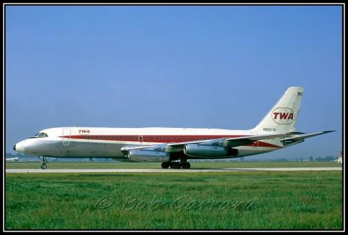 #9 TWA Convair 880 por Bob Garrard