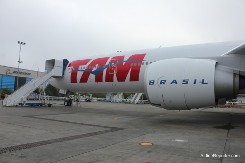 TAM Airlines Boeing 777-300ER por David Parker Brown