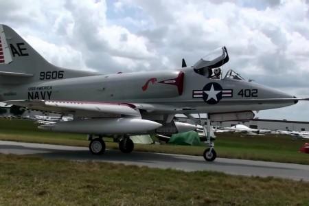 A-4 Skyhawk para o Dia dos Pais