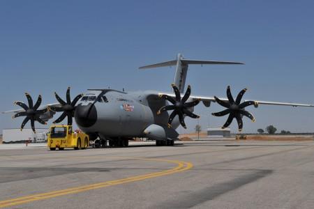 Airbus assume divisão de aeronaves militares da EADS