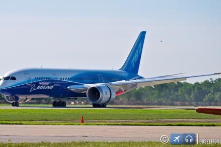 O terceiro dia – Boeing 787 e Sea Harrier, os donos do dia