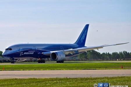 Fotos exclusivas do Boeing 787 para wallpaper via @avioesemusicas
