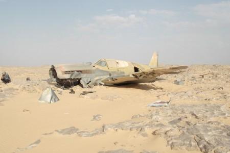 P-40 da RAF encontrado nas areias do deserto do Sahara 70 anos após o acidente.