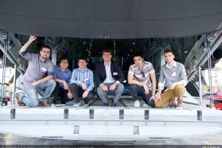Jovens brasileiros da USP ganharam um concurso global de novas ideias da Airbus