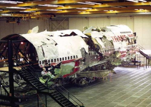 747 remontado para investigação