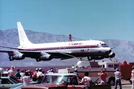 Esta foto é verídica? Ou: Quando quadrinhos e aviação se encontram.