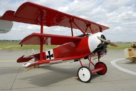 Manfred Von Richthofen, o Barão Vermelho, em uma rara filmagem
